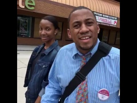 Guy Narrates People's Lives As He Approach Them On Public... Their Reactions Are Hilarious