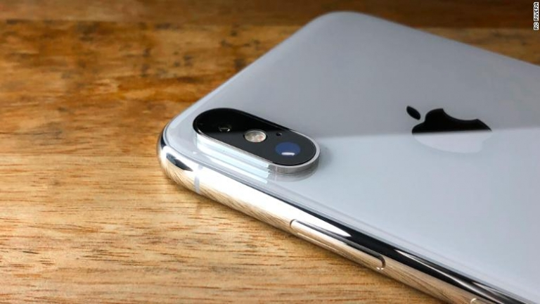 iPhone X first impressions: The highs, lows and quirks