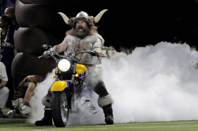 Vikings part ways with their mascot after he demanded pay raise to $20k per game