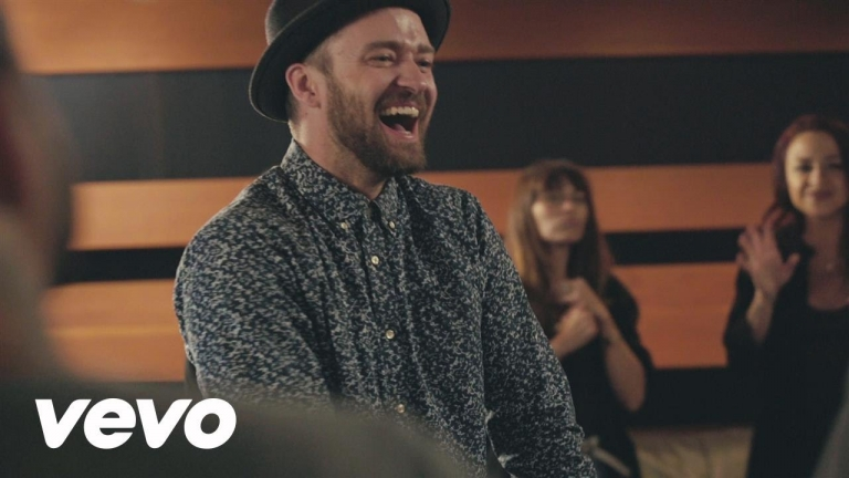 Justin Timberlake - Can't Stop The Feeling (feat. the cast of DreamWorks Animation's Trolls)
