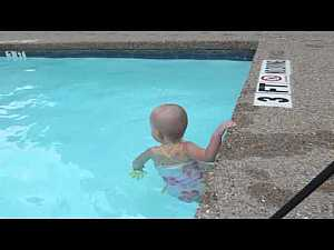 #Viral_videos: #Baby Swimming Across The Pool