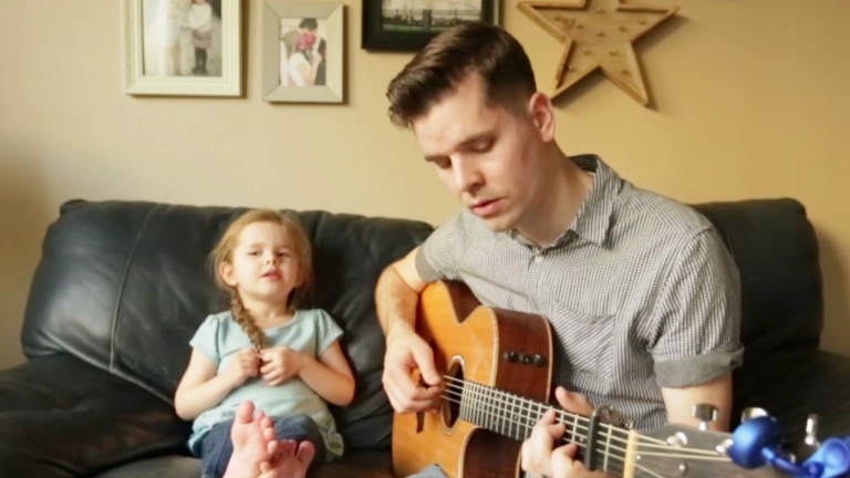 You've Got a Friend In Me - A Dad and 4-year-old Daughter Duet