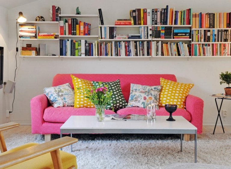 This #bookshelf is perfect for a cool #apartment #living room