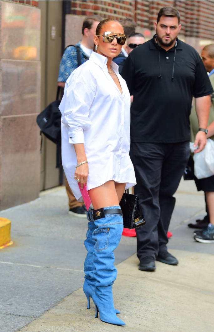 J-Lo Goes Pantless With Versace Boots That Looks Like A Pair of Jeans