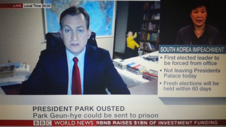 #NewsBlooper: Kids Interrupt Dad's BBC News Interview