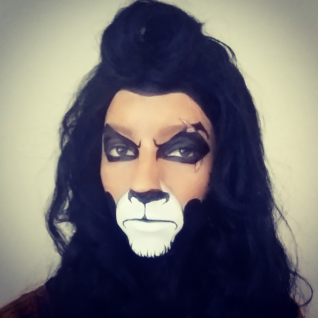 "Halloween Makeup: ""Scar"" From The Lion King... All You Need Is A Black Marker And Liquid Paper"