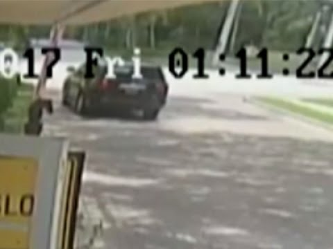 Surveillance Footage of Venus Williams' Car Crash Shows She's Not at Fault