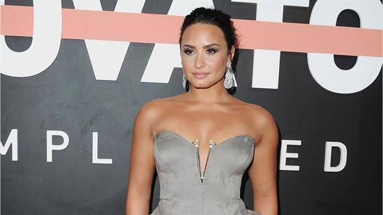 """Demi Lovato Is """"Grateful to Be Alive"""" After Overdose"""