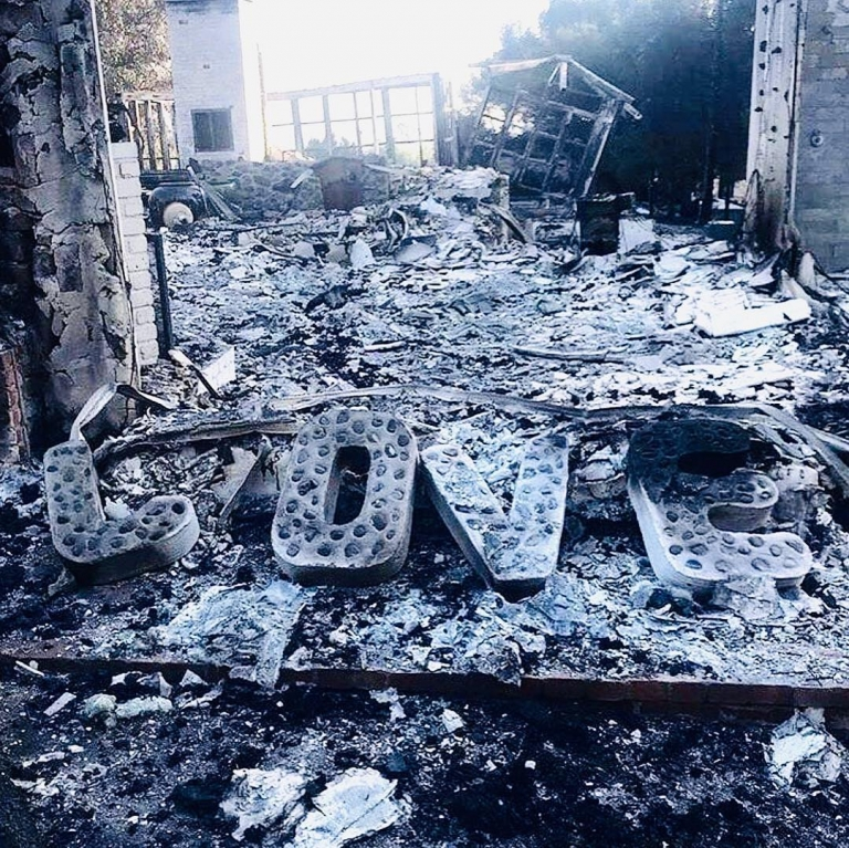 Liam Hemsworth shares striking photo of his home in ruins after Malibu fires. #CaliforniaWildfire #LiamHemsworth