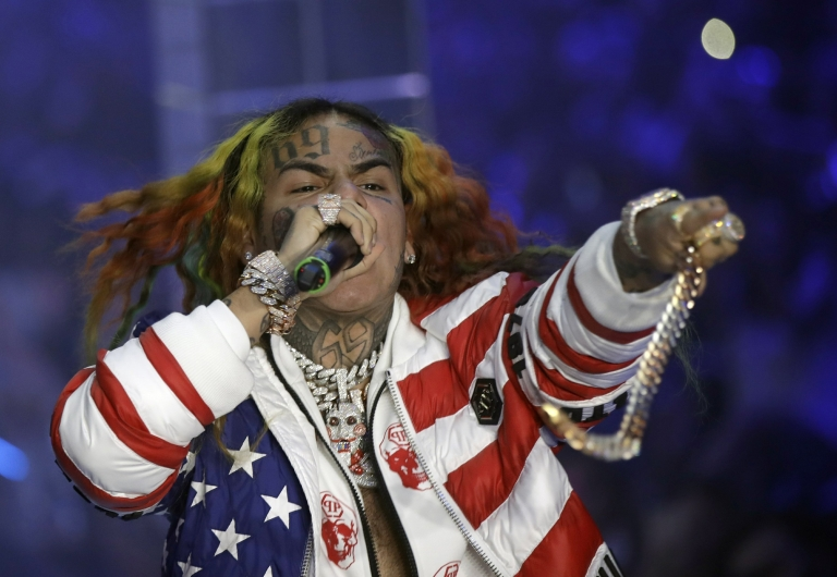 #NEWS: Brooklyn rapper #6ix9ine arrested on racketeering charges