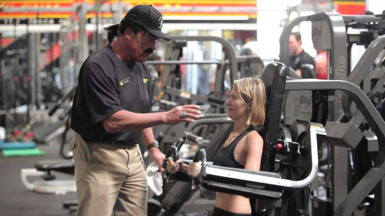Arnold #Schwarzenegger Puts On Mustache, Surprises People At Gold's Gym