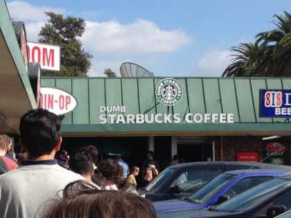 'Dumb #Starbucks' Opens Up In Los Angeles
