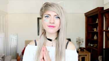 #WhoToFollow: Marina Joyce vlogs about fashion, style, makeup, challenge and mostly things about her... she was not kidnapped!