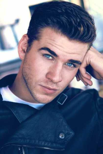 What is Liam Hemsworth's snapchat username?