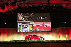 Tesla Motors demonstrates 90-second Model S battery-swapping technology #cars #tech