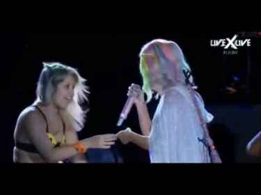 Katy Perry got groped by a fan on Rock in Rio festival