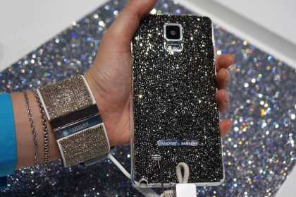 "The ""Swarovski for Samsung"" Features Galaxy Note 4 and Gear S Tizen Encrusted With Luxury"