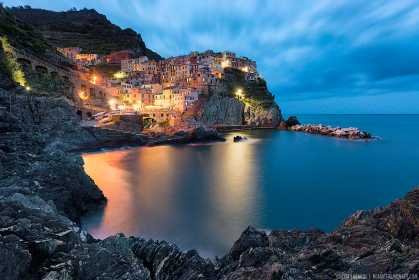#Beautiful: Twilight in Manarola, #Italy by Elia Locardi