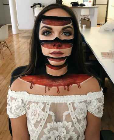 This awesome bloody sliced head 3D makeup