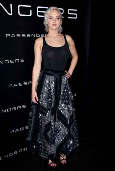 Jennifer Lawrence Went Braless at CinemaCon in Las Vegas