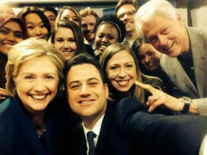Jimmy #Kimmel #selfie with Bill Clinton and family at the #Clinton Global Initiative University conference