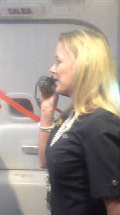 This Southwest Airlines Flight Attendant Can Be A Standup Comedian... She's #Hilarious