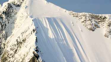 Pro Skier Ian McIntosh Miraculously Survives 1,600 Foot Fall