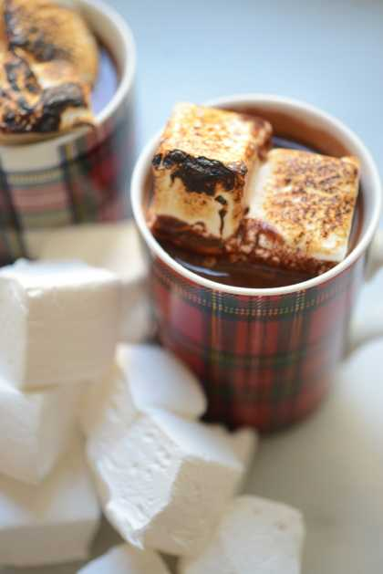Decadent Hot Chocolate #Recipe | #HotChocolate