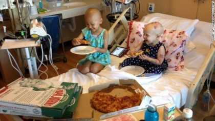 #SocialMedia: Reddit users send pizzas to cancer-stricken girl