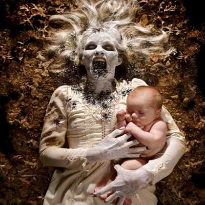 #Photography: Joshua Hoffine's Horror Photos Of His Daughters