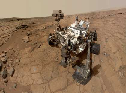 A year on #Mars: Curiosity's 6 best pictures   #science #space
