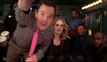 "Jimmy Fallon, Adele & The Roots Sing ""Hello"" (w/ Classroom Instruments)"