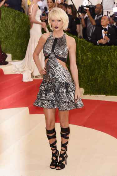 Taylor Swift at Met Gala 2016 Red Carpet