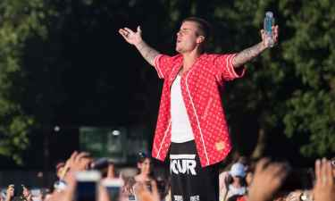 Justin Bieber banned from China for 'bad behaviour'
