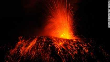 #Science: Scientists found largest volcano on Earth, named 'Tamu Massif'