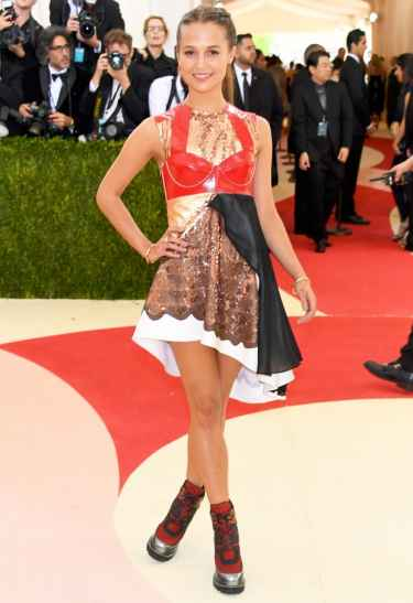 Alicia Vikander at Met Gala 2016 Red Carpet