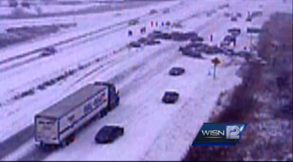 Germantown, Wisconsin Hwy 41/45 #Pileup Captured On Video