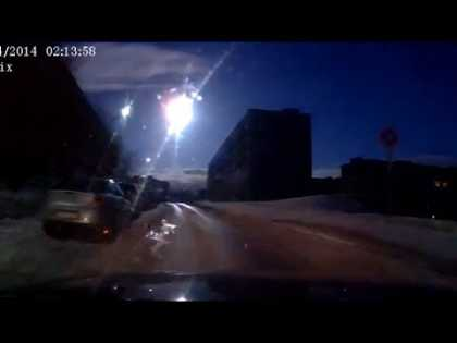 #Meteor over Russia's Murmansk caught on dash cams