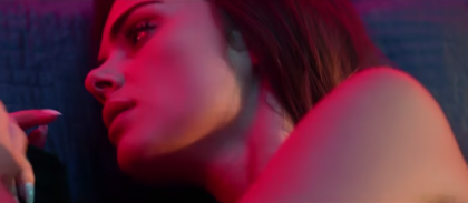 "Who is the girl in Justin Bieber's ""What Do You Mean"" music video?"
