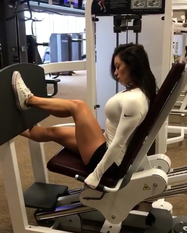 #WorkoutVideos: Female Guide To Leg Exercise