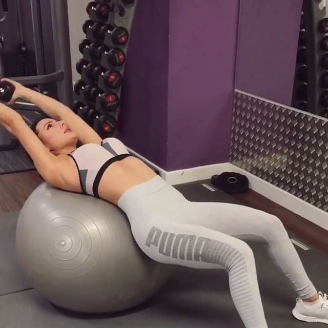 How to do a 20 minute core exercise? 💪 #CoreExercise