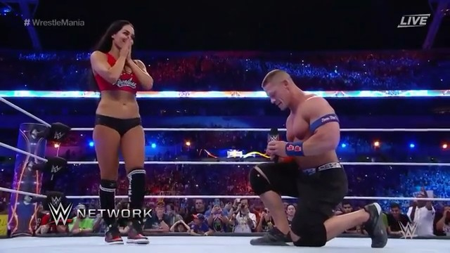 John Cena proposes to Nikki Bella at #Wrestlemania ❤️❤️❤️
